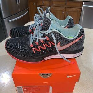 Women's Nike Air Zoom Vomero 10